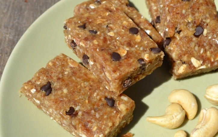 Nutty Chocolate Chip Energy Bars