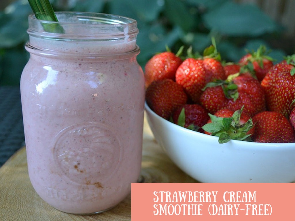 Strawberry Cream Smoothie (Vegan)