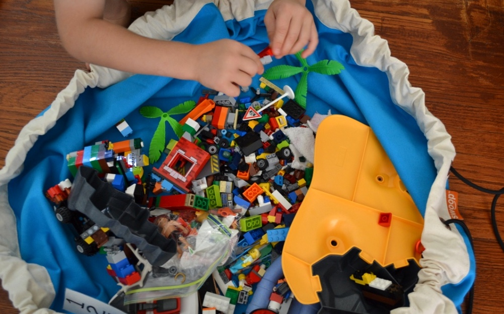 The Perfect Lego and Toy Storage and Travel Solution (+ a Swoop bag Giveaway)