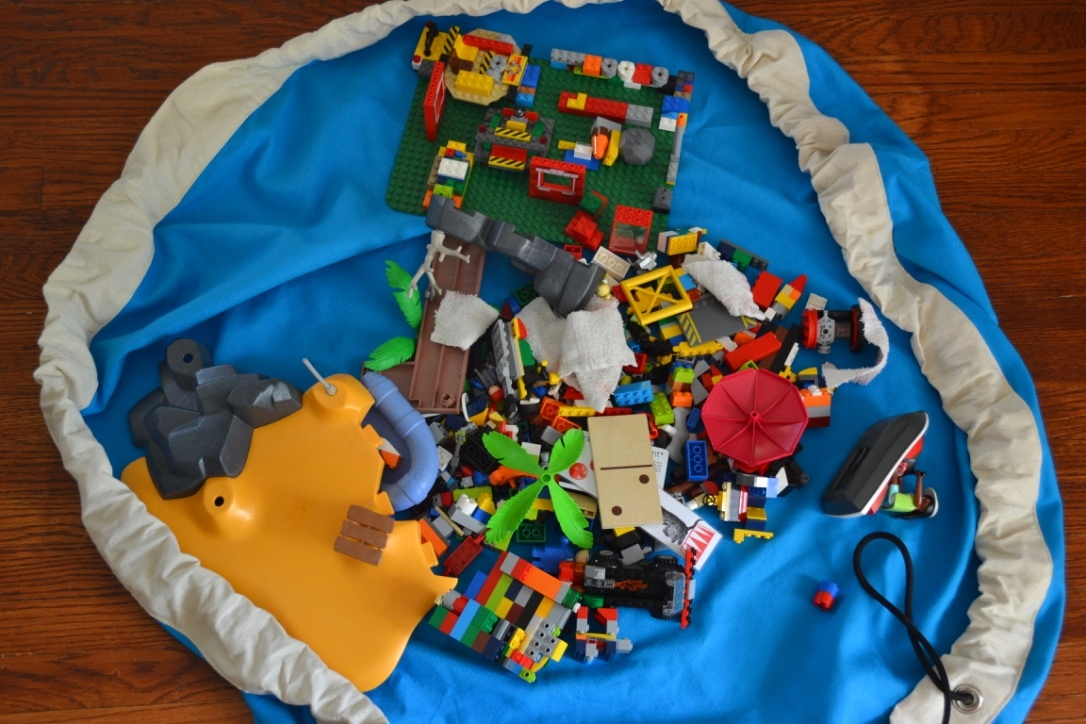 The best Lego storage solution (+ a Swoop bag Giveaway)