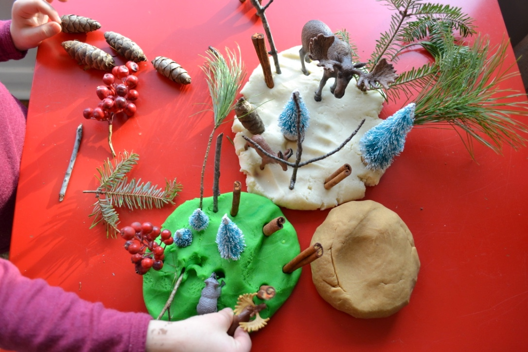 Winter Nature Play Dough Kit - create a fun winter nature-themed play dough scene