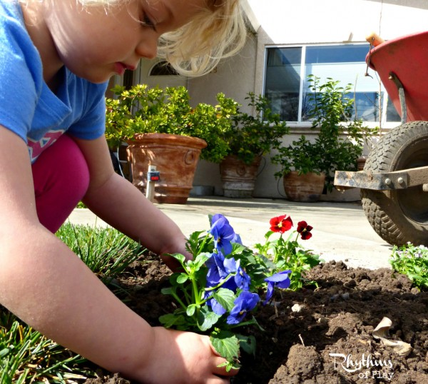 20+ Tips for natural and organic gardening and fun gardening activities for kids