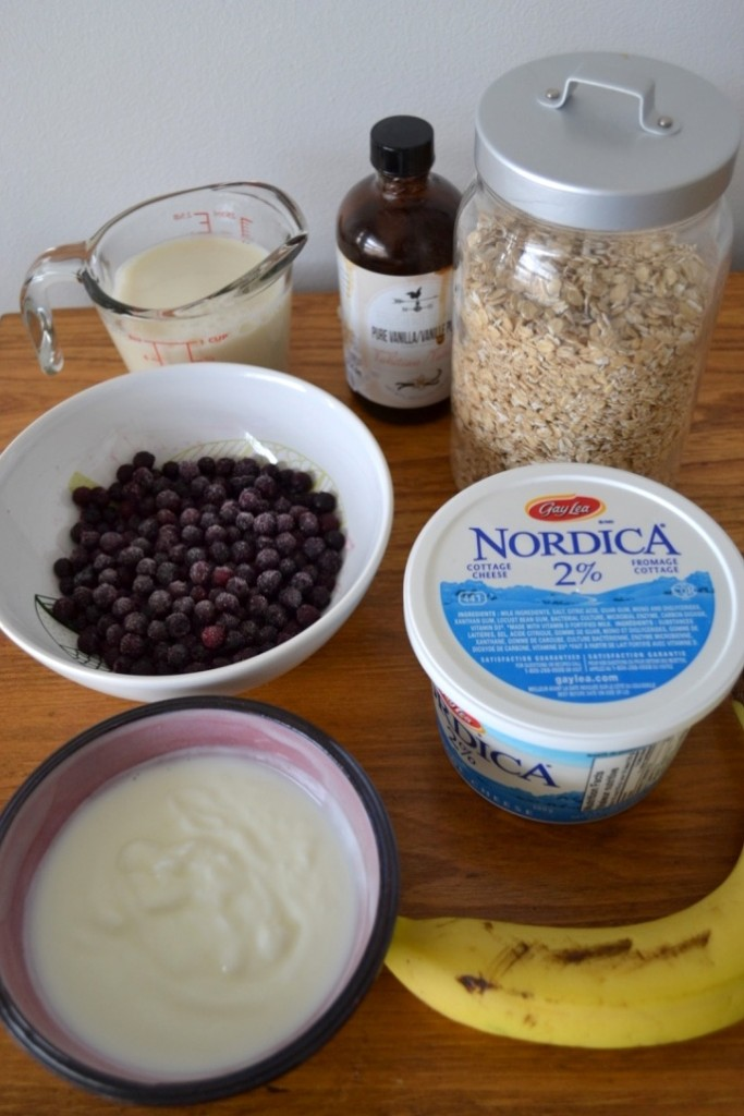 A healthy and delicious blueberry and banana cheesecake smoothie that was a hit with everyone. It's the perfect smoothie for breakfast, a snack or even after dinner.
